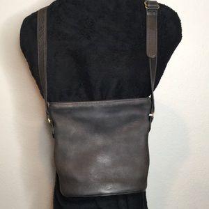 Vintage Coach cross body bucket purse (Rare)